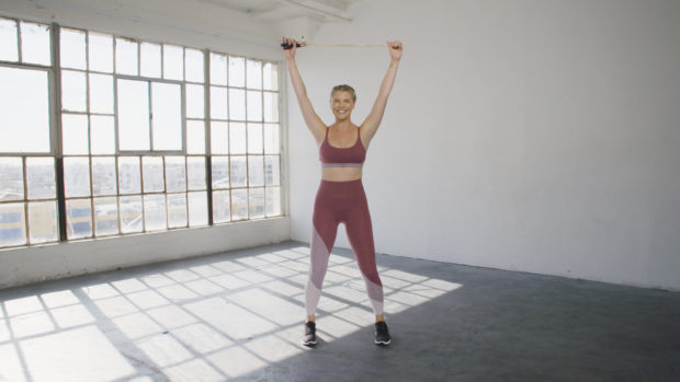 Work Your Full Body in 13-Minutes Flat With This Plank-Happy, Jump Rope Workout