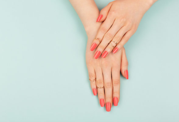 5 easy ways to fix a broken nail at home, according to manicurists
