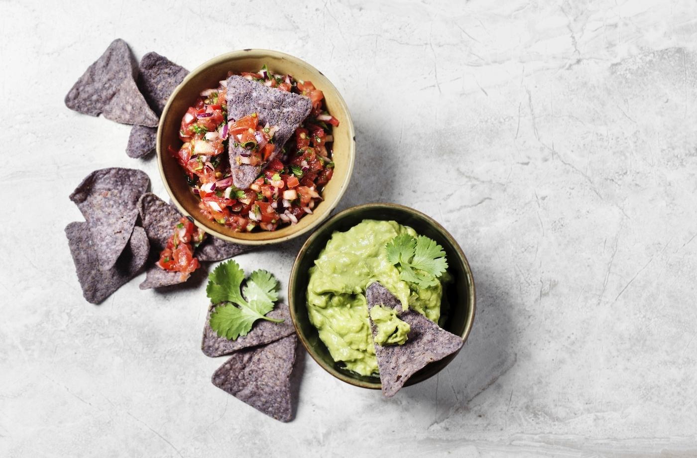 8 delicious, gut-friendly snacks that registered dietitians love