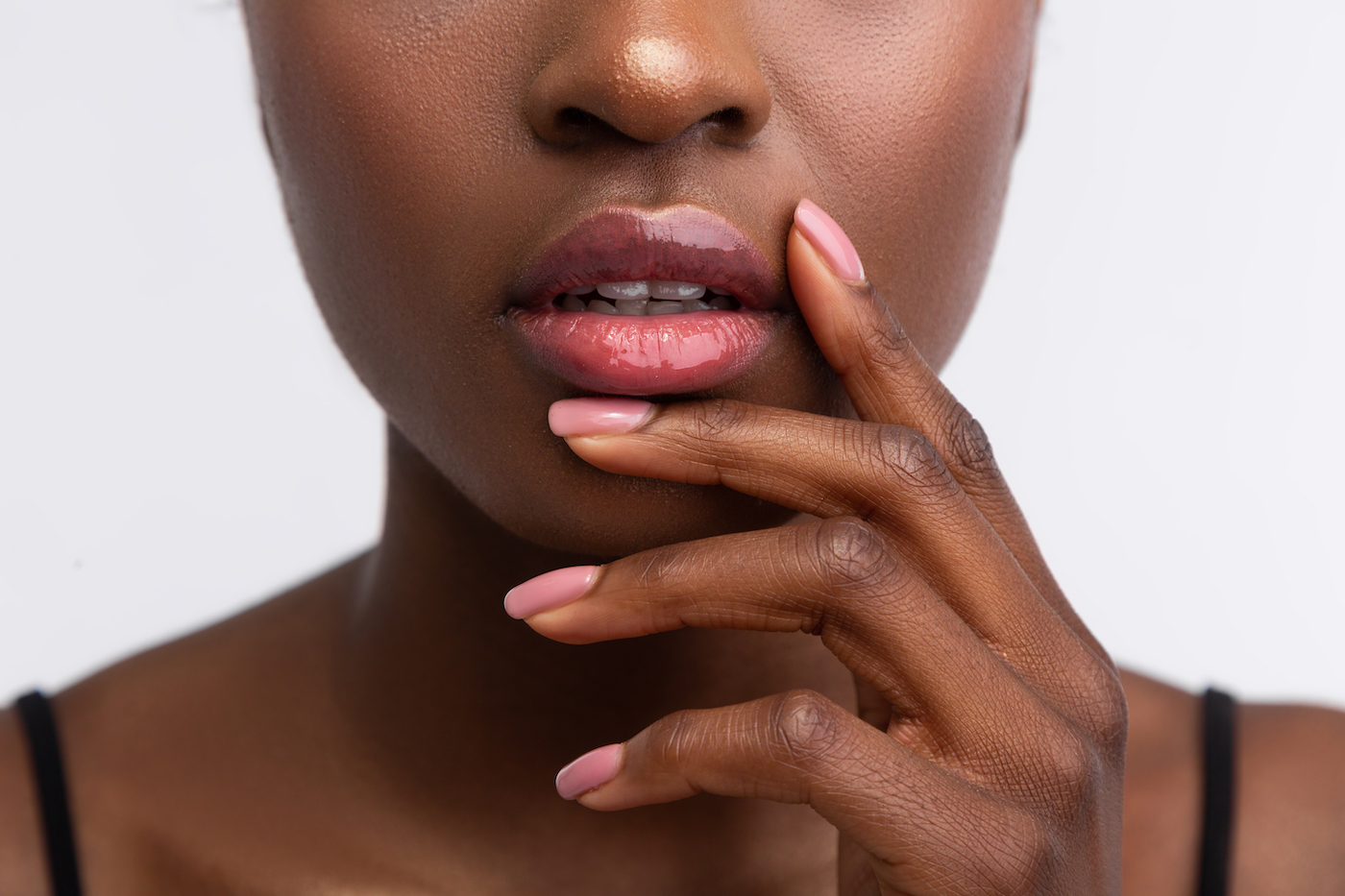 How To Stop Biting Nails According To A Behavioral