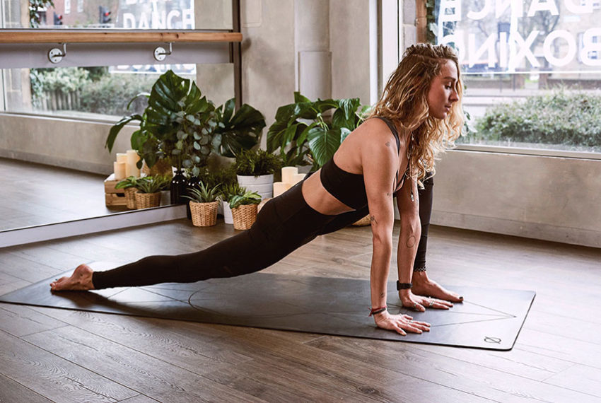 There Are 38 Million Power Yoga Videos—These Are the 9 Best You Can Do in 10 Minutes or Less