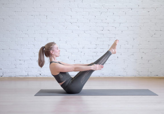 Why 'crunches are crap,' according to a chiropractor
