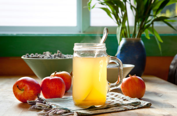 Level-up your wellness cred by learning how to make apple cider vinegar