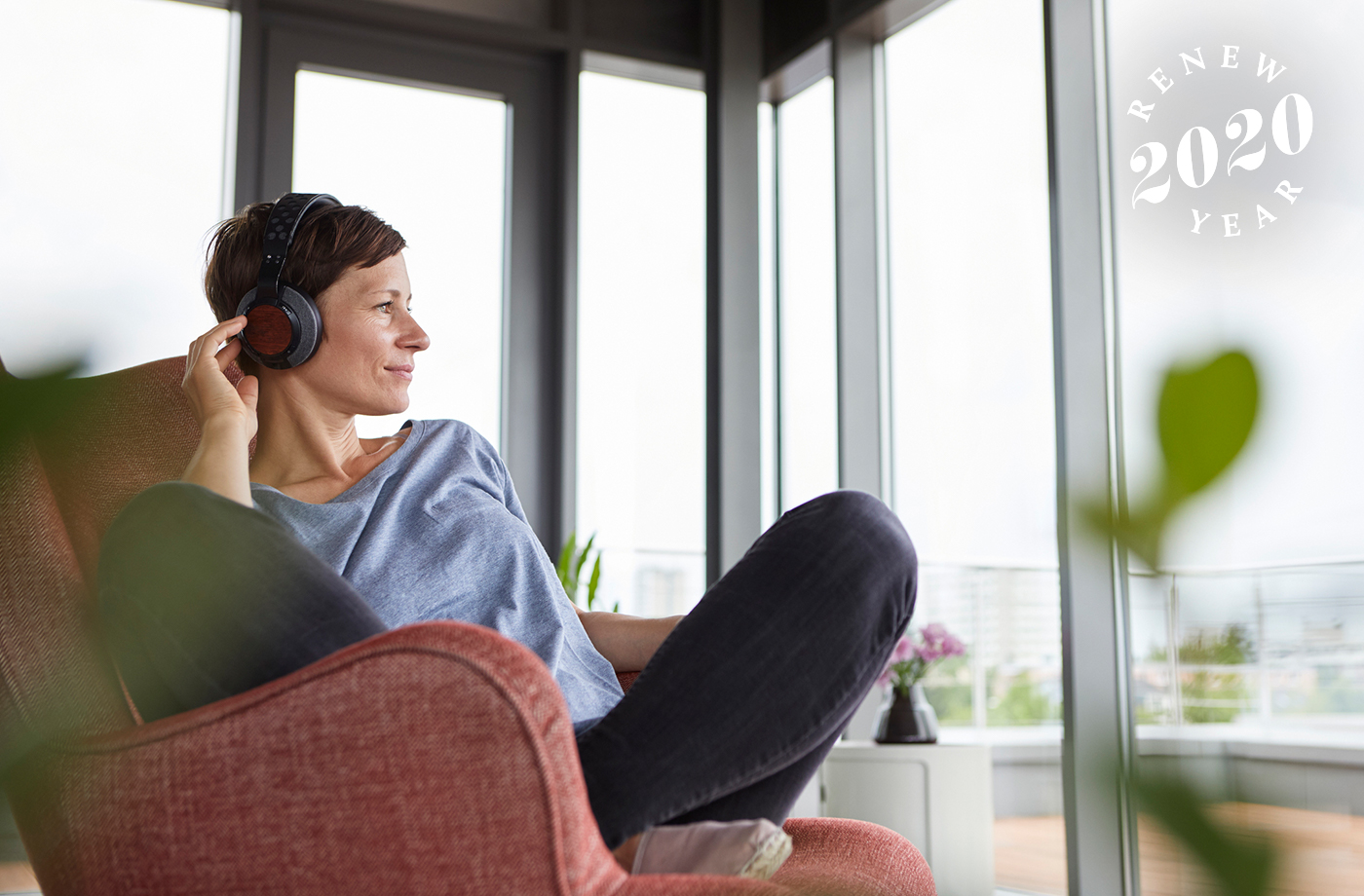 Thumbnail for 8 podcasts that'll level up your financial health in 2020