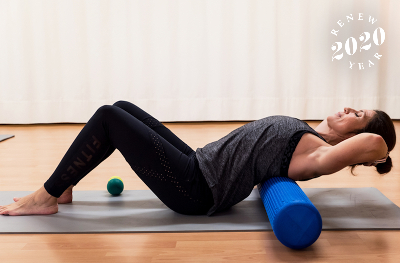 How to use your foam roller for lymphatic drainage (because it works for that too)