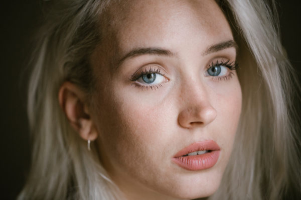 The 5 Best Primers for Oily Skin a Makeup Artist Recommends