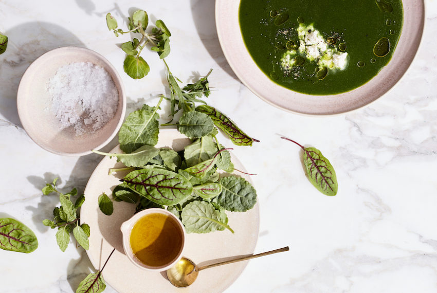 This Vegan Green Soup Is Loaded With Fiber and Fragrant Herbs