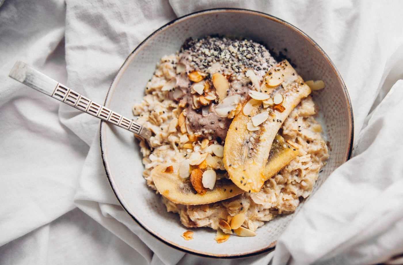 What to put in your oatmeal if you can't do another day of raisins and cinnamon without falling asleep into your bowl