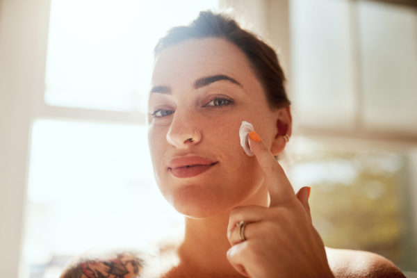 Your 3-step plan for treating a bleeding pimple, according to derms