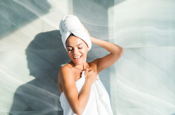 5 derms tell us the one product that never leaves their shower