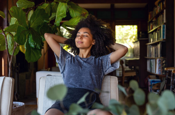 Breathwork meditation will make you feel calm and collected in mere minutes—here's how to practice it