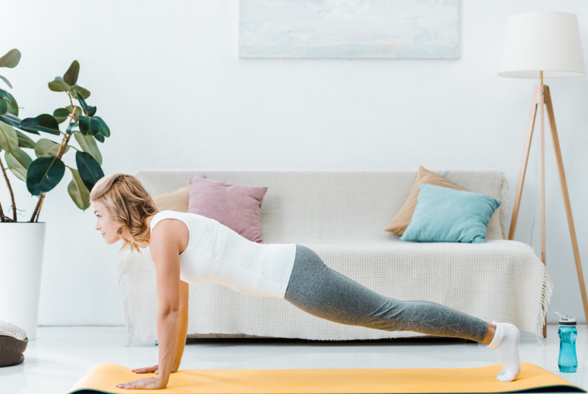 This Equipment-Free, Apartment-Friendly HIIT Workout Will Keep Your Downstairs Neighbors From Hating You