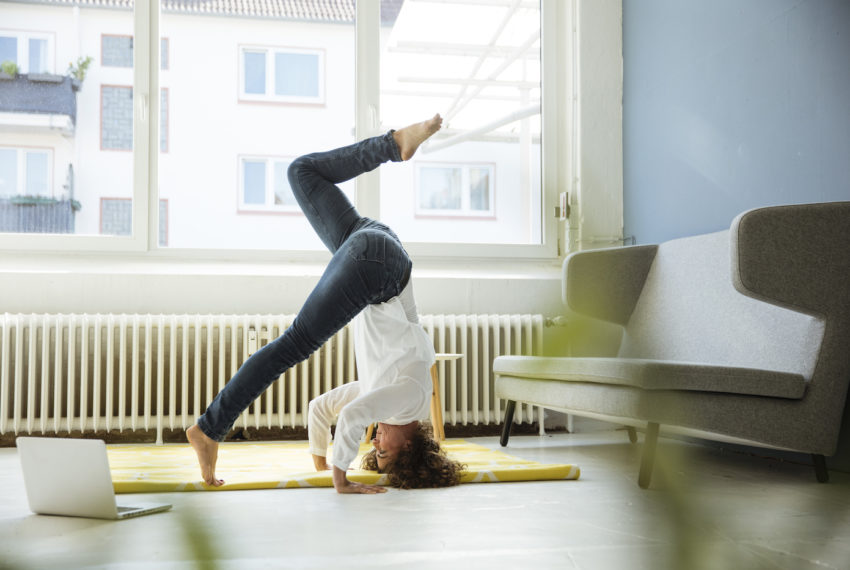 The Strength-Boosting Sequence That'll Help You Master the Yoga Headstand