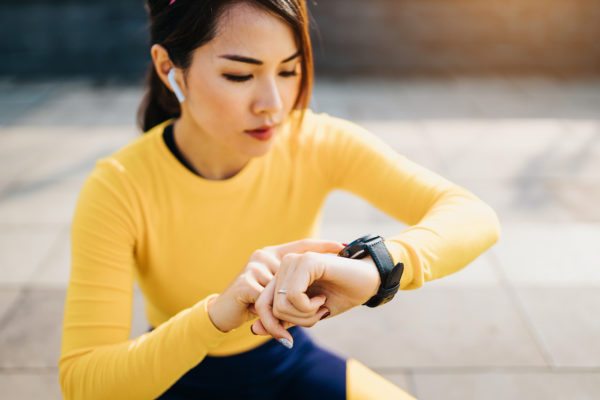 What Is Heart Rate Variability? Here's Everything You Need to Know About Fitness's Buzziest Metric