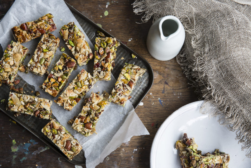 6 Delicious, Low-Carb Snacks That Are Totally Plant-Based—and Dietitian-Approved