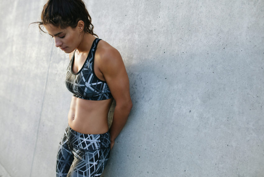 6 Trainers Tell Us Their Favorite Lower Ab Exercises That Actually Work