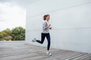 Use the 'hip to lip' method to max out your fastest sprint ever