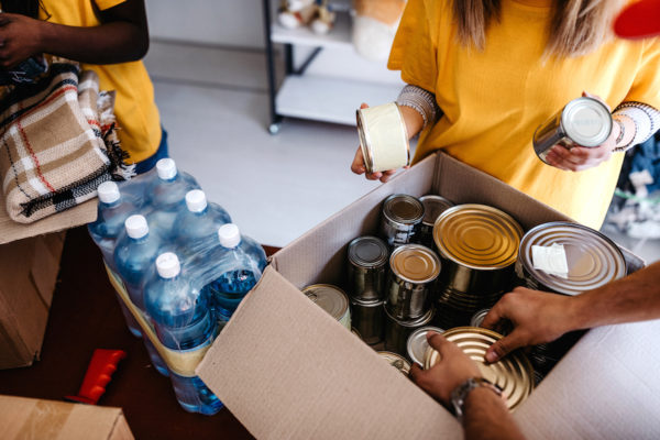 5 local food banks accepting donations right now to help feed your neighbor