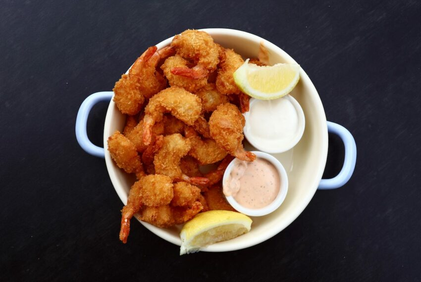 4 ingredients, 3 words, 1 magical meal: healthy popcorn shrimp