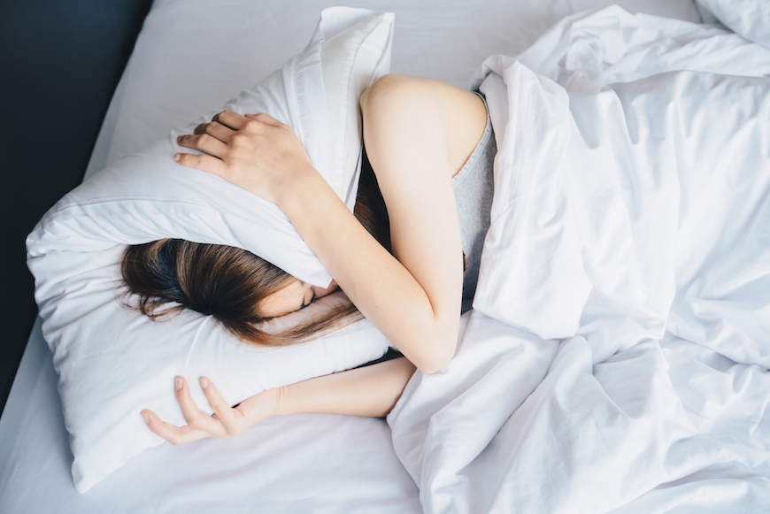 A behavioral psychologist's top 5 motivating tips to get out of bed on hard mornings