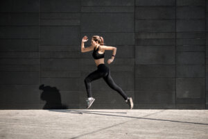 5 important tips to follow when you're sprinting outside