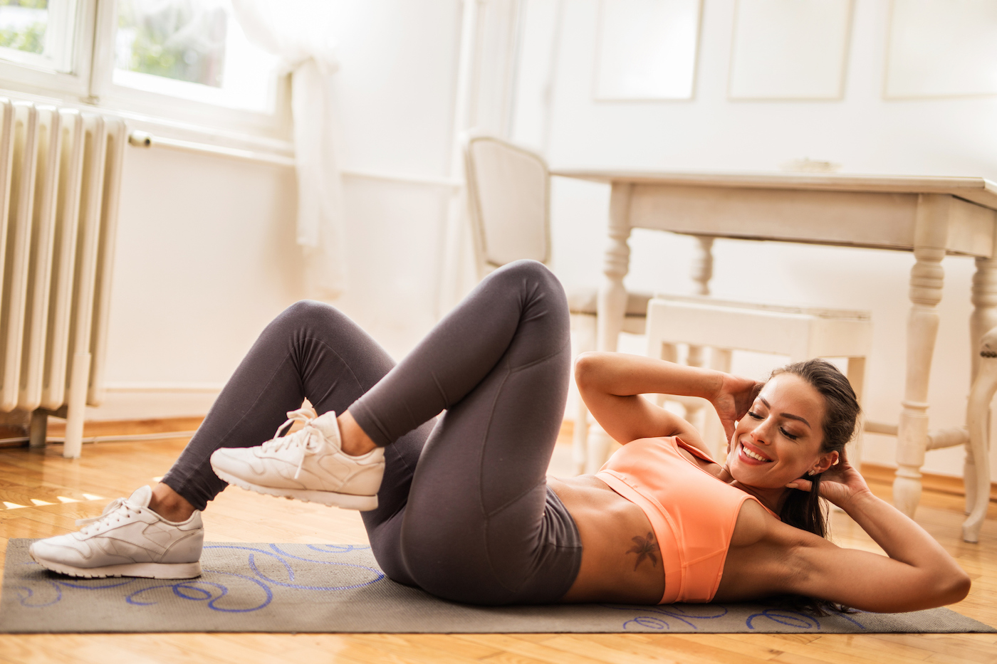Burn Out Your Entire Core and Lower Body With This 10-Minute, Do-Anywhere Workout