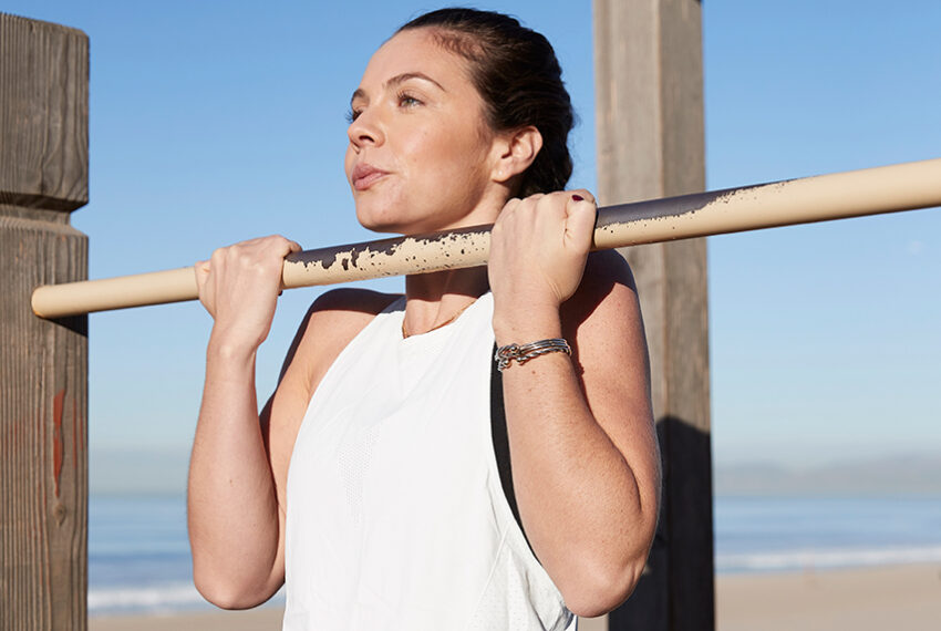 Strengthening your forearms is the key to finally mastering pull-ups, push-ups, and planks—here's how to do it
