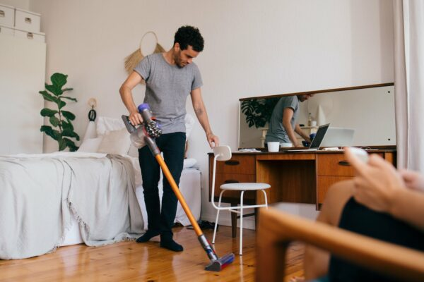 'This Cordless Stick Vacuum Is so Good It Makes Me Want to Vacuum Every Day'