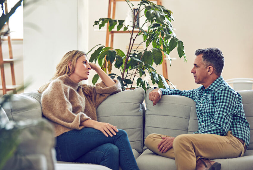 I'm a Relationship Therapist and Here Are 4 Ways *I* Resolve Arguments With My Partner