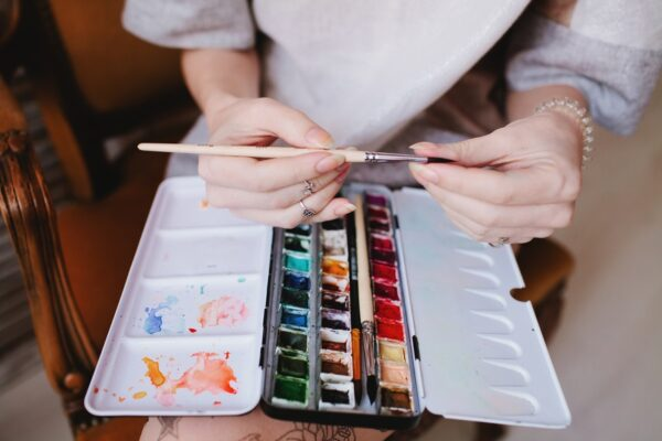 10 Online Drawing and Painting Classes to Stimulate Your Creativity
