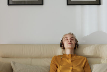 Meditation app Headspace is offering *free* year-long subscriptions to anyone unemployed right now