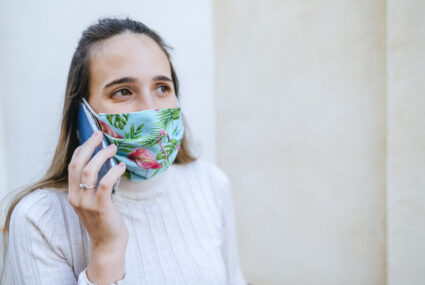 How to Keep the Inside of Your Face Mask From Smelling Like Hot Garbage