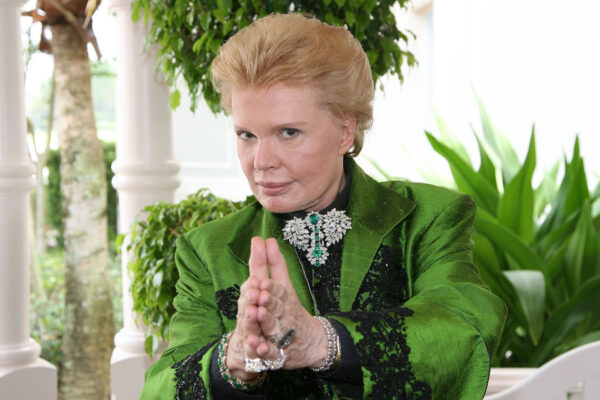 Before Astrology Was the *Thing*, There Was Walter Mercado—Here's How He Impacted My Life and Millions of Others