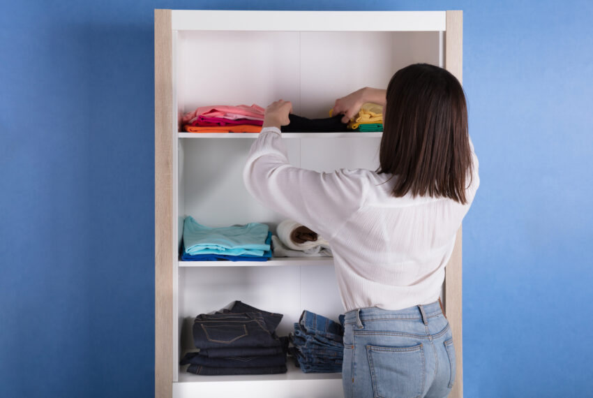 5 Closet Cleanout Tips from an Aura Reader