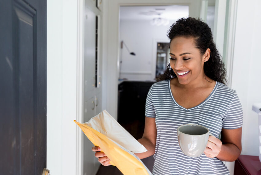Why Getting Mail Is Such a Mood Boost—And How To Pass That Feeling Along to Others