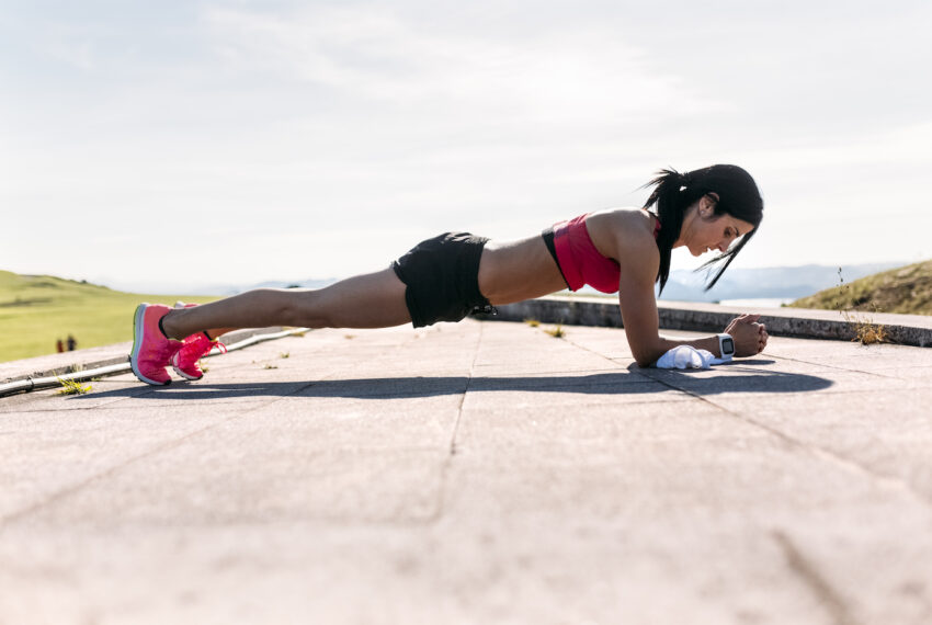 'Sphinx Push-Ups' Will Stretch and Strengthen Your Upper Body in a Single Move