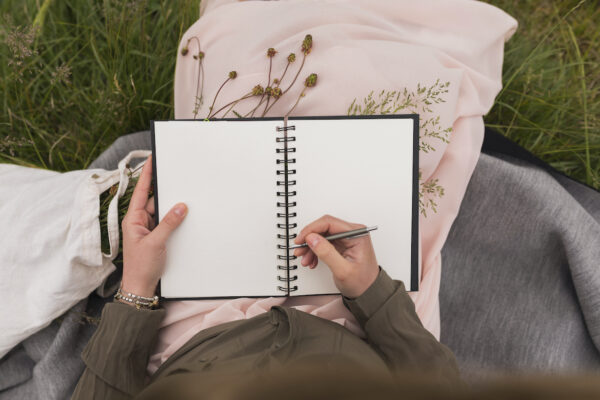 7 Journals With Built-In Prompts That Take the Guesswork Out of Self-Reflection