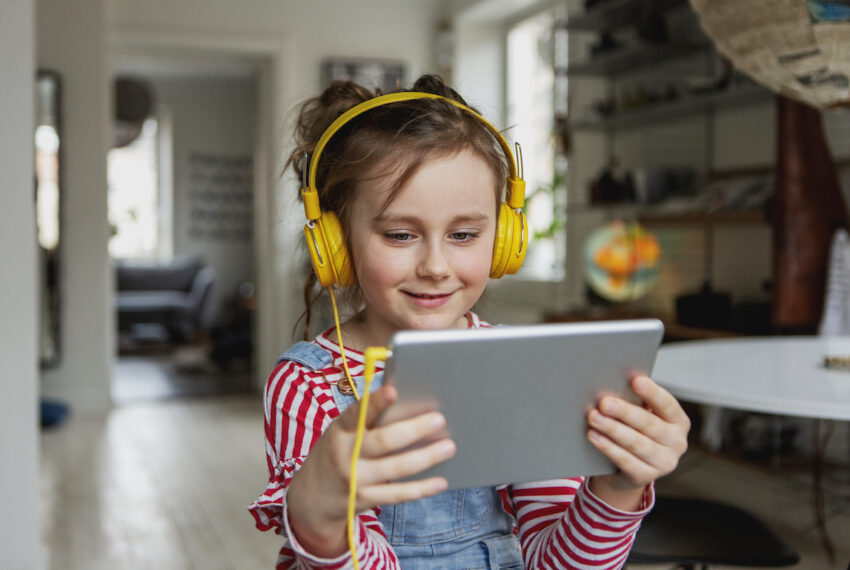 3 Digital Extracurricular Activities That Provide Socialization (and a Break for Parents)