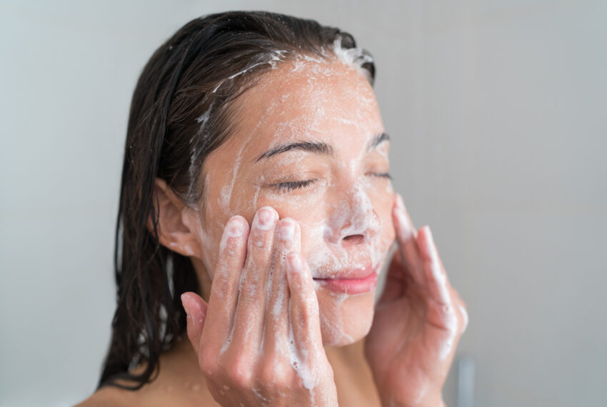 3 Face Washing Tricks We Should All Be Stealing from French Women