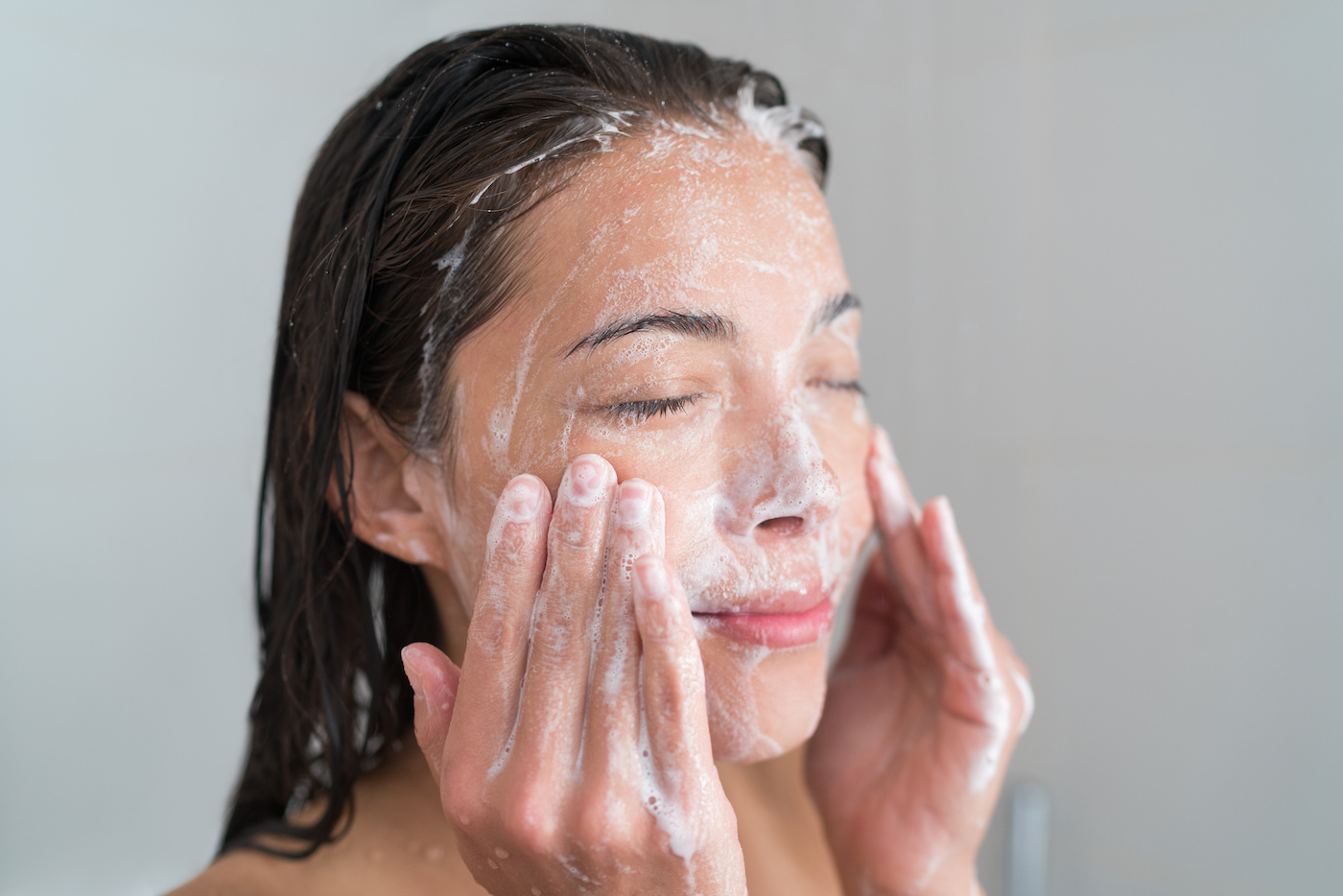 Thumbnail for 3 Face Washing Tricks We Should All Be Stealing from French Women