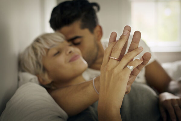 How To Tell If You're In a Trauma Bonding Relationship—and What To Do About It