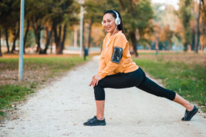 5 Exercises That Fortify the Cartilage in Your Knees, According to a Physical Therapist