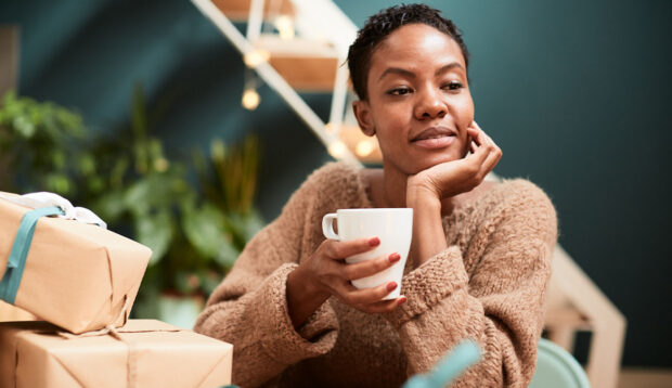 How a Single Mother of 4 Is Budgeting for the Holidays in a Year That's Been Especially Hard on her Wallet
