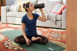 14 New Year's Eve Meditation and Yoga Classes You Can Stream Online