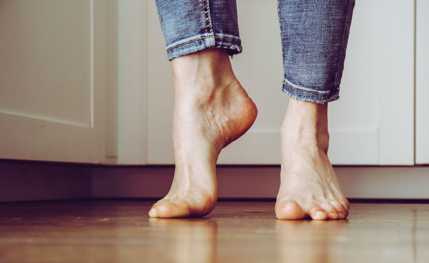 Thumbnail for A Podiatrist Says This Common Nail-Clipping Mistake Is The Number 1 Culprit Behind Toe Jam