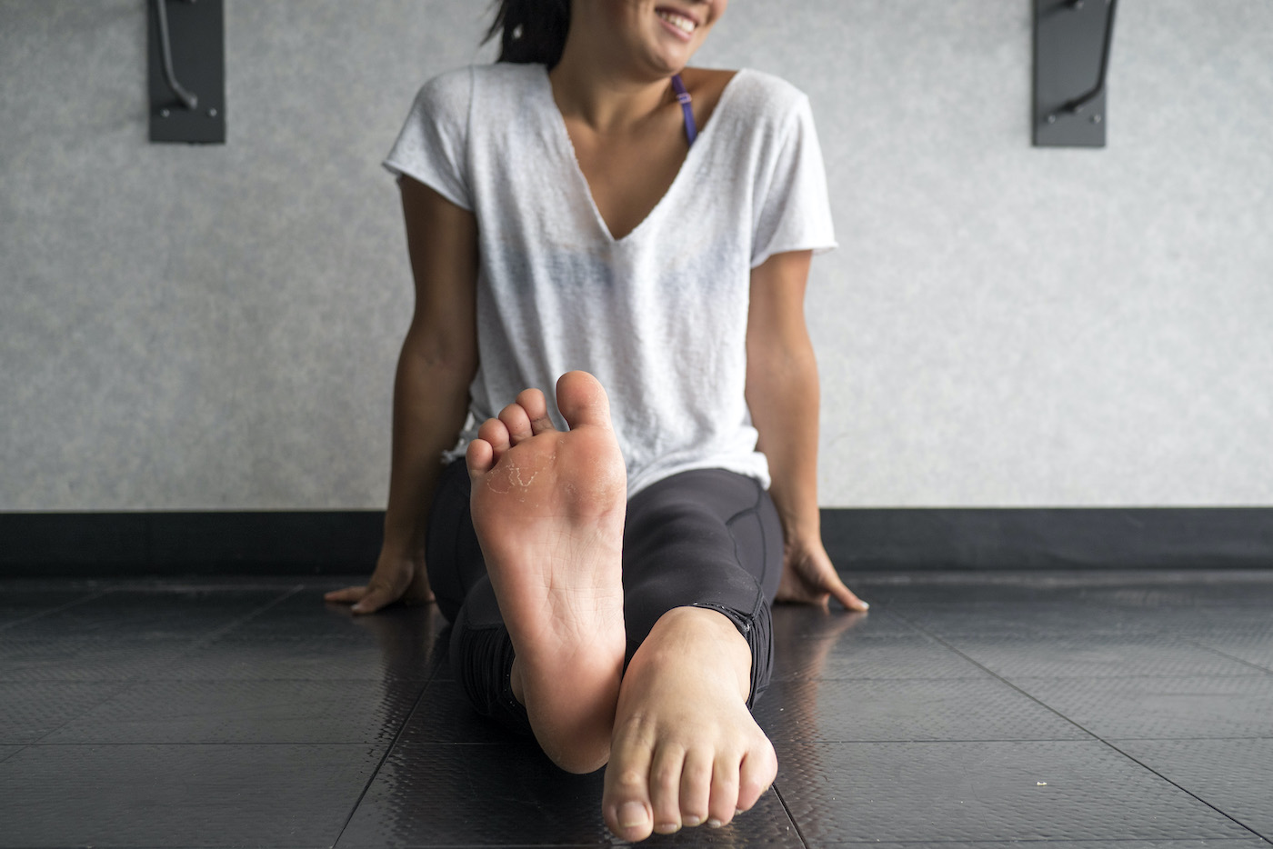Thumbnail for Podiatrists Swear By These 5 Oh-So-Simple Flat Feet Exercises To Reduce Pain and Prevent Injury