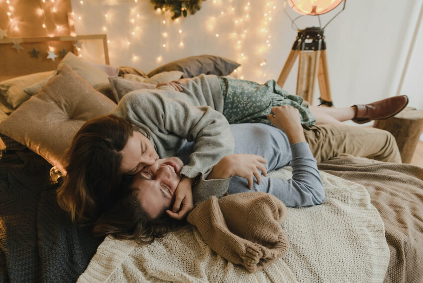 How Should My Partner and I Handle Having Sex at My Parents' House While Quarantining There?