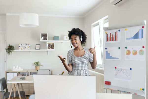 8 Virtual Presentation Tips That'll Make You Feel Like the MVP of Remote Work Meetings