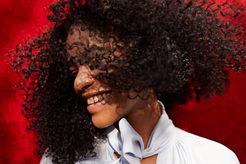 6 of the Best Diffusers for Every Different Curl Type, According to Hairstylists