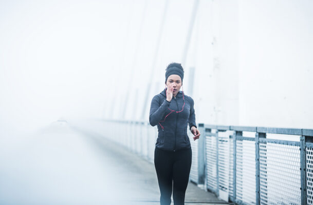 5 of the Warmest Running Headbands That Have Saved My Winter Morning Workout Ears